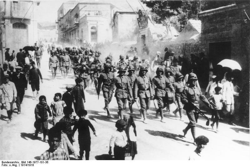 Немецкие солдаты в Иерусалиме. 1914 г.