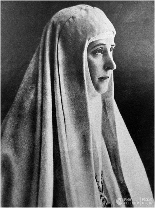 Фото хюррем султан из великолепного века сделать завязки